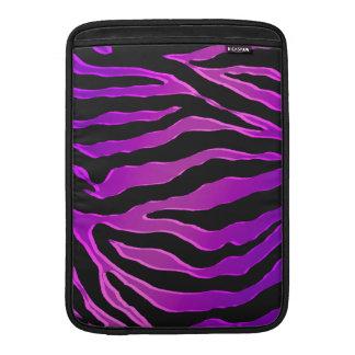 Pieles rosadas y púrpuras eléctricas de la cebra fundas MacBook