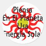 Piensa En El Planeta Usa Energia Solar Classic Round Sticker