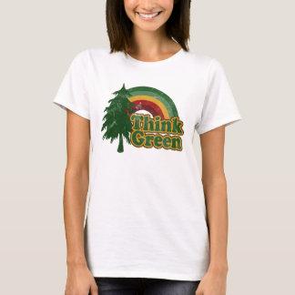 Piense el arco iris y el árbol verdes, retros playera