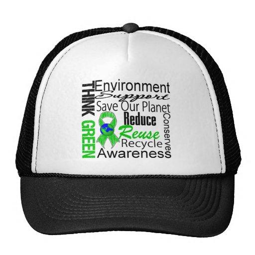 Piense el collage verde del ambiente gorras
