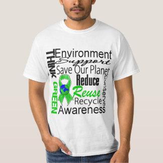 Piense el collage verde del ambiente poleras