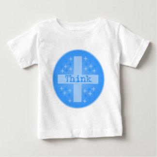 Piense el positivo t-shirts