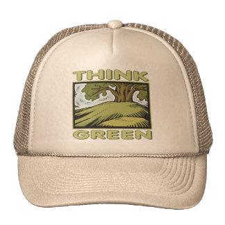 Piense el roble verde gorro
