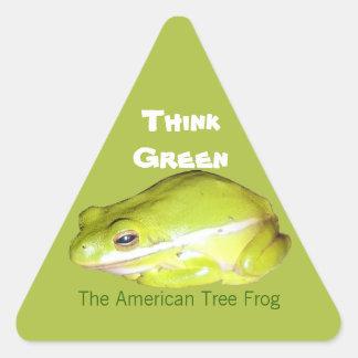 Piense el verde - el pegatina americano de la rana