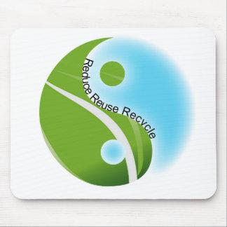 Piense el verde mousepad
