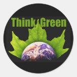 Piense el verde pegatina redonda