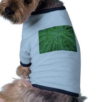 ¡Piense el verde! por GRASSROOTSDESIGNS4U Ropa De Perro