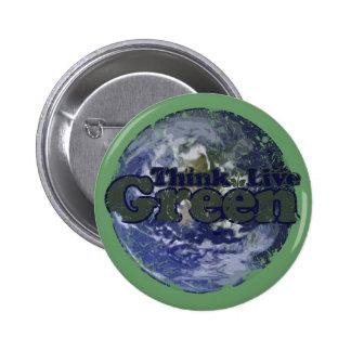 Piense el verde vivo verde para el Día de la Tierr Pin