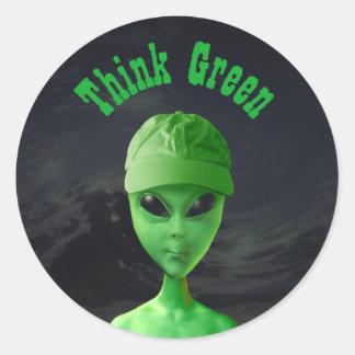 Piense el verde Y Pegatinas Redondas