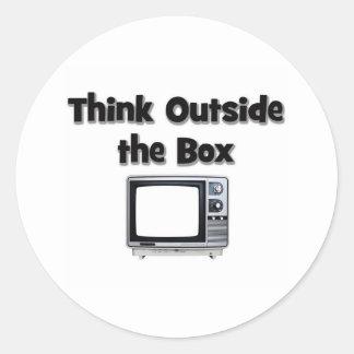 Piense fuera de la caja pegatinas redondas