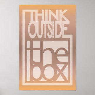 Piense fuera del diseño de la cita de la caja póster