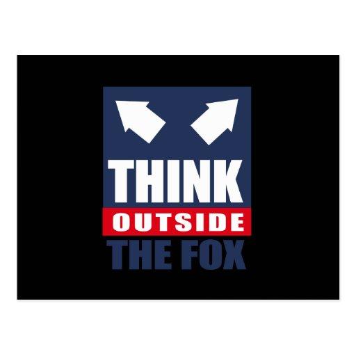 Piense fuera del zorro tarjetas postales