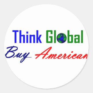 Piense global, compre al americano etiqueta redonda