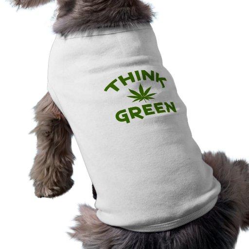 Piense la ropa verde del mascota playera sin mangas para perro