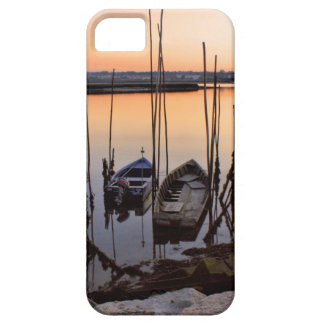 Pier stilt on the river iPhone SE/5/5s case