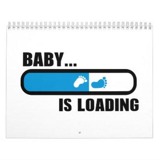 Pies cargados del bebé calendario