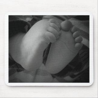 Pies del bebé alfombrillas de ratones