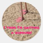 pies en la arena etiquetas redondas