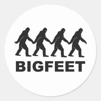 Pies grandes de Bigfoot Pegatina Redonda