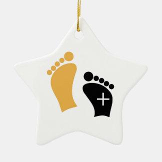 Pies minúsculos adorno de cerámica en forma de estrella