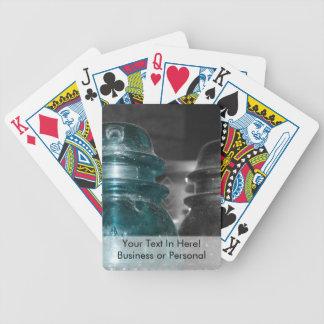 Pieza azul de la foto de los aisladores coloreada barajas