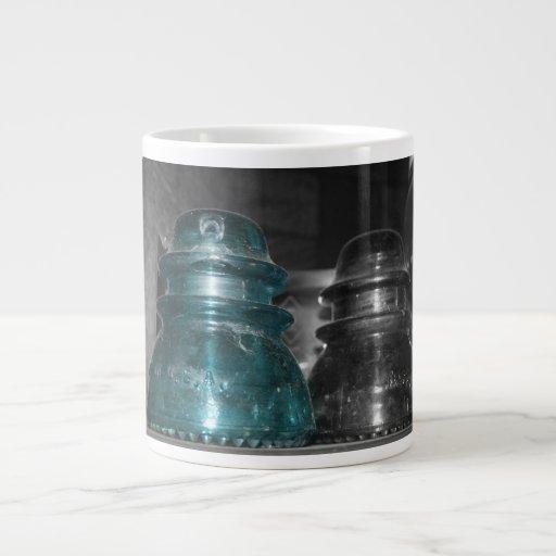 Pieza azul de la foto de los aisladores coloreada taza extra grande
