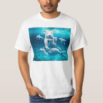 Pig beach - swimming pigs - funny pig T-Shirt