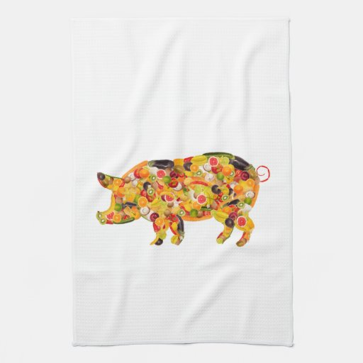 Pig of fruits and vegetables. Add your own text! Toallas De Mano