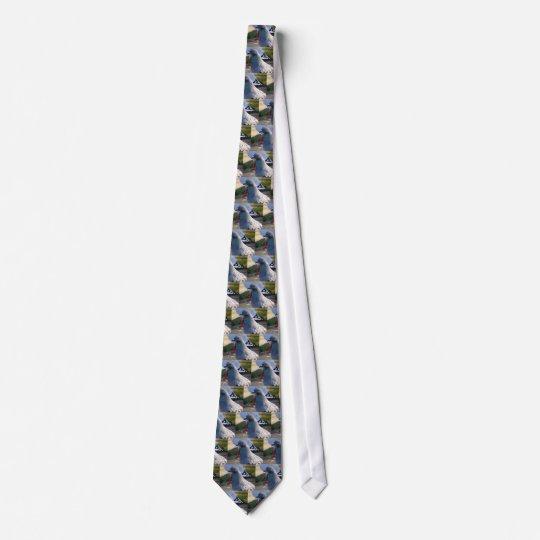 Pigeon Neck Tie