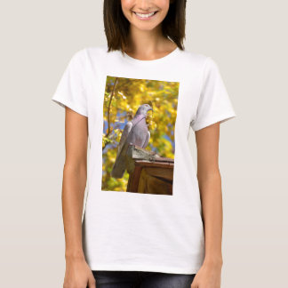 Pigeon with twig in the beak T-Shirt