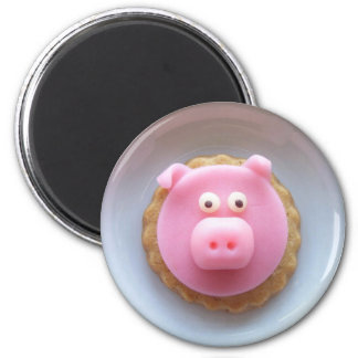 piggy cookie magnet