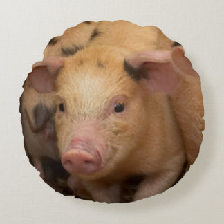 """""""Piglet"""" design gifts and products Round Pillow"""