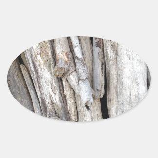 Pila con playas rústica del Driftwood de la costa Pegatina Ovalada