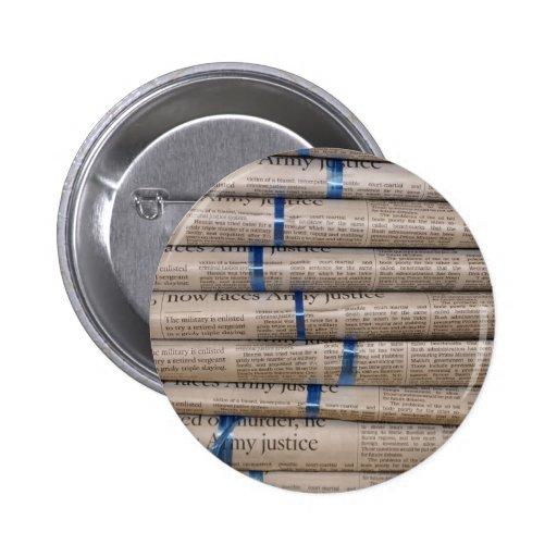 Pila de arte de los sucesos actuales de los periód pins