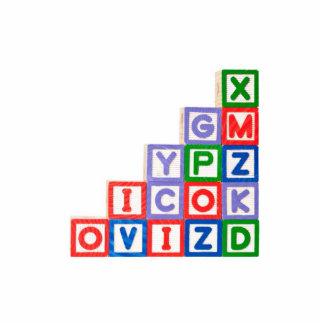 Pila de bloques del alfabeto fotoescultura vertical