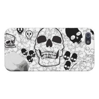 Pila de caso del iPhone 5 de los cráneos iPhone 5 Funda