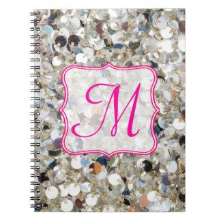 Pila de cuaderno de la inicial del monograma del