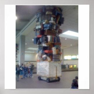 Pila de equipaje en el aeropuerto California de Sa Póster