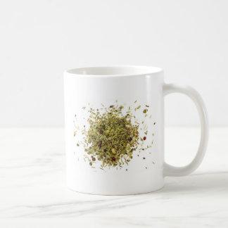Pila de hierbas mezcladas tazas