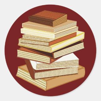 Pila de libros - beige pegatina redonda