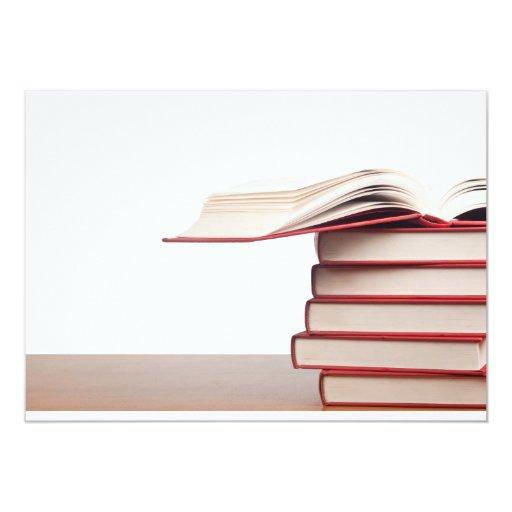 """Pila de libros invitación 5"""" x 7"""""""