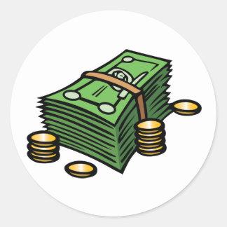 Pila de notas y de pegatinas de las monedas pegatina redonda