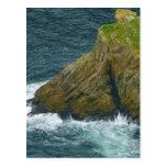 Pila del mar en los acantilados de la liga de Slie Tarjetas Postales
