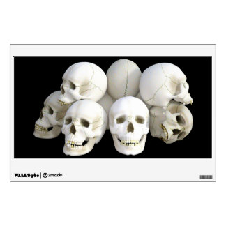 Pila espeluznante de los cráneos vinilo