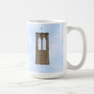 Pilar del puente de Brooklyn: modelo 3D: Taza de c