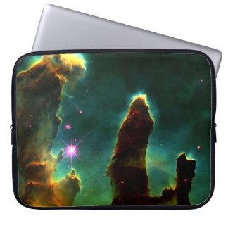 Pilares de la creación (nebulosa de M16 Eagle) Mangas Portátiles