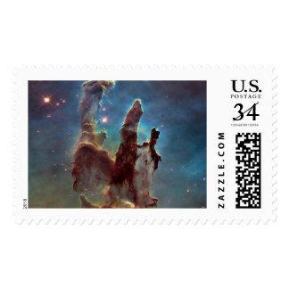 Pilares de la creación sello postal