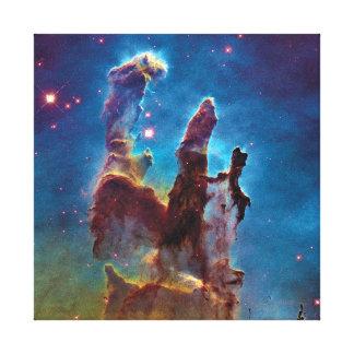 Pilares de la nebulosa de la creación M16 Eagle Impresión En Lona Estirada