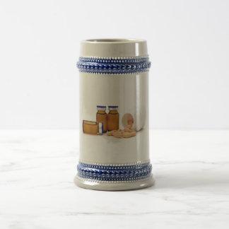 píldoras y botellas de la medicina jarra de cerveza
