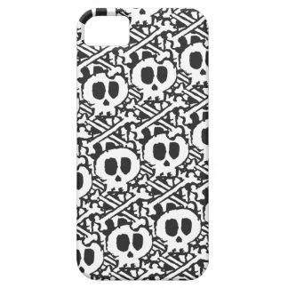 Pile of Skulls iPhone SE/5/5s Case